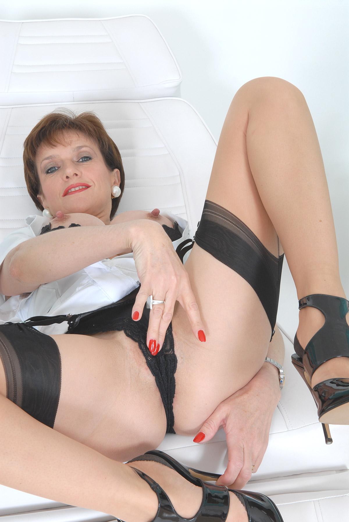 Mrs sonia anal