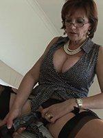 Lady-Sonia-dildo-thumb-04