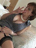 Lady-Sonia-dildo-thumb-08
