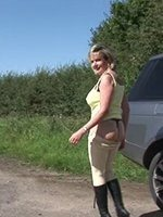 Housewife-Undressed-Outdoors-thumb-2